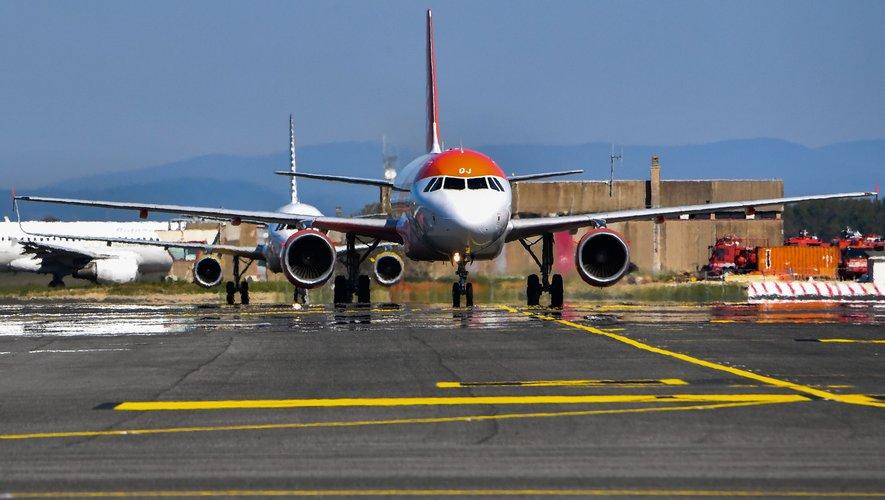 Vue sur le tarmac de l'aéroport de Fiumicino, près de Rome