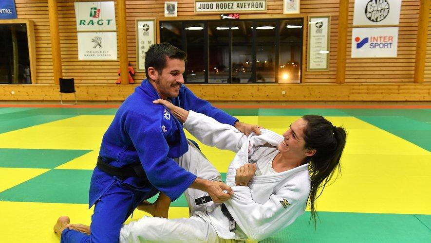 Gwenaëlle Viard s'est installée à Rodez pour rejoindre son compagnon Clément Caors, également entraîneur au JRA.