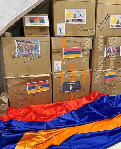 Les Arméniens viennent en aide aux réfugiés