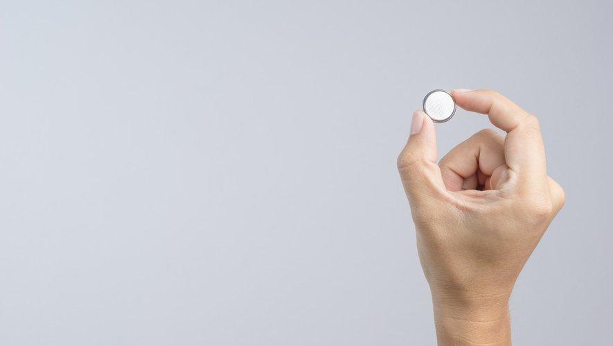 Les piles boutons, un danger pour les enfants