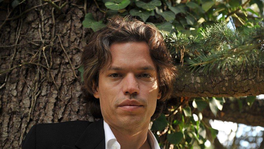 """Le romancier Thibault de Montaigu a remporté mercredi le prix de Flore avec """"La Grâce""""."""