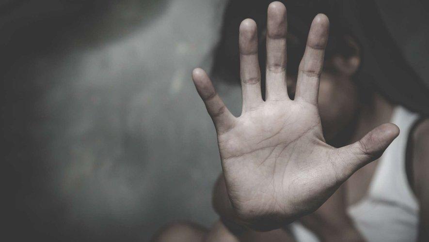 """Violences faites aux femmes : l'épidémie """"fantôme"""""""