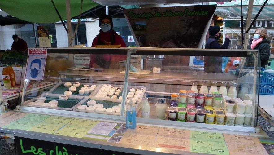 D'excellents produits laitiers sont proposés en circuits courts par les producteurs locaux sur le marché du vendredi.