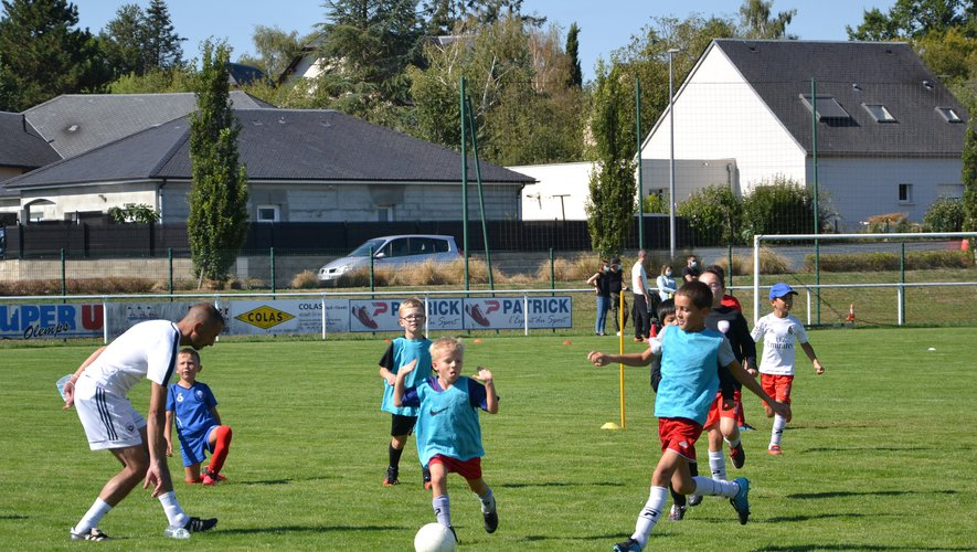 Les jeunes footballeurs pourront retrouver les terrains ce week-end.