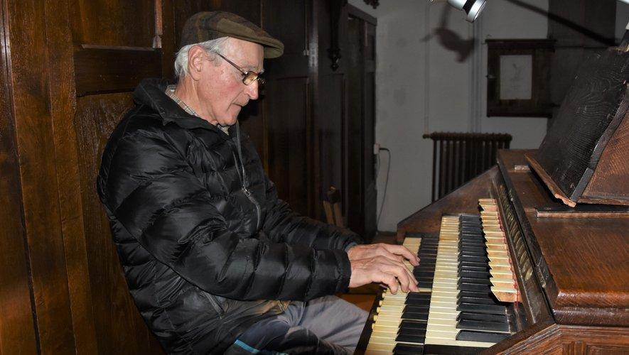 L'après-midi, il n'est pas rare d'entendre Paul  Lamic répéter quelques morceaux.  Uniquement pour son plaisir.