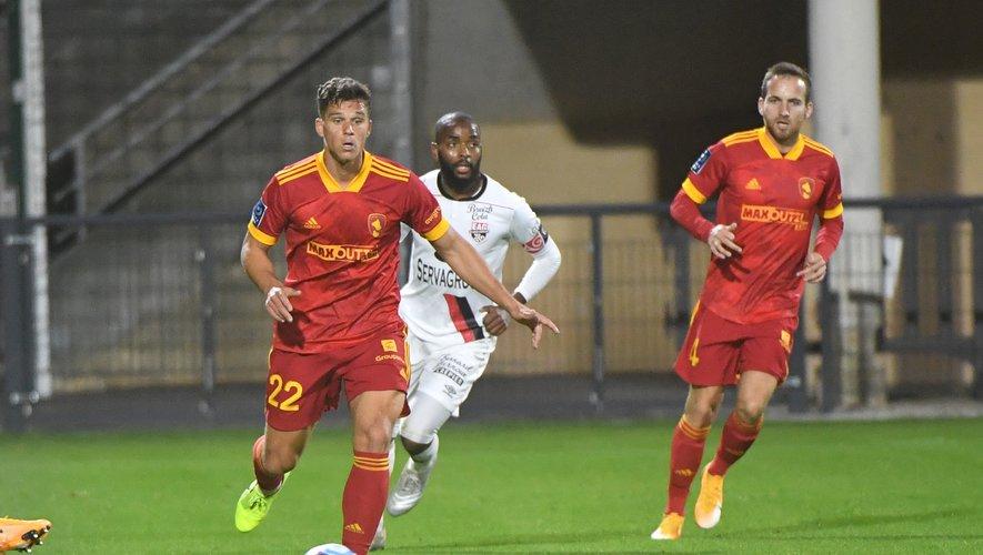 David Douline, pièce maîtresse du jeu sang et or, a disputé onze rencontres en intégralité cette saison. Il n'a raté qu'un match (Troyes), car suspendu.