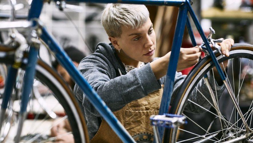 Ce dispositif, un forfait de 50 euros (hors taxes) pris en charge par l'Etat pour faire réparer sa bicyclette, devait prendre fin le 31 décembre.