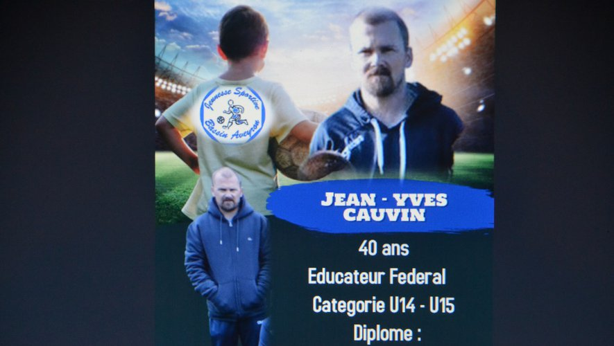 Jean Yves Cauvin : L'un des plus anciens éducateurs du club.