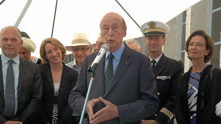 Valéry Giscard d'Estaing dans le village lors de la Saint-Fleuret en 2013.