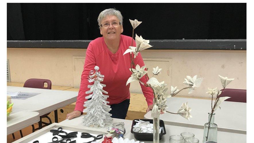 Martine est présidente de l'association Loisirs créatifs.