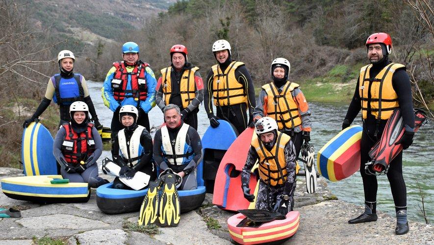 L'équipe de courageux a organisé une dernière sortie de 49 minutes dans une eau à environ 6 degrés.