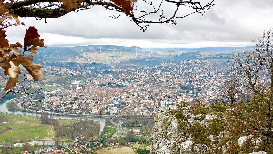 La ville Millau enregistre une baisse annuelle de 0,2 % de sa population en 2013 et 2018.
