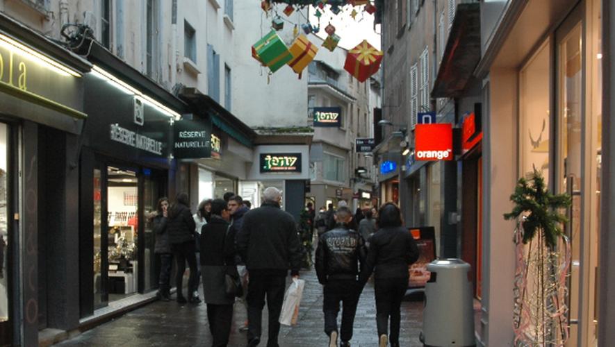Si de nombreuses boutiques ont bien profité de Noël, la situation demeure tendue dans tous les secteurs.