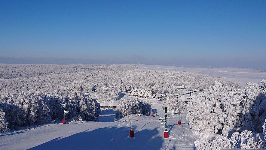 Avec 135 cm de neige en haut des pistes, Laguiole a fait le plein pour ce week-end.