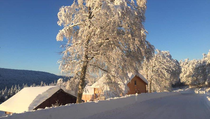 Calme plat, paradis blanc à Brameloup où le soleil est aussi annoncé ce week-end.
