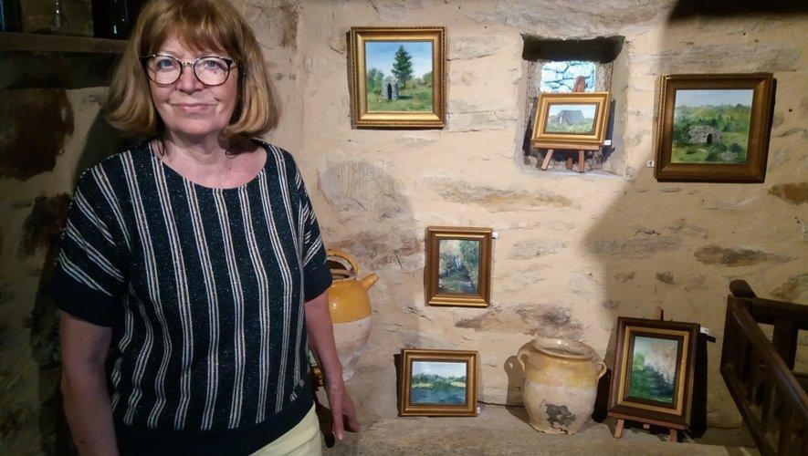 Inspirée par les paysages aveyronnais, Laurette Brugier voue une passion véritable pour la peinture.