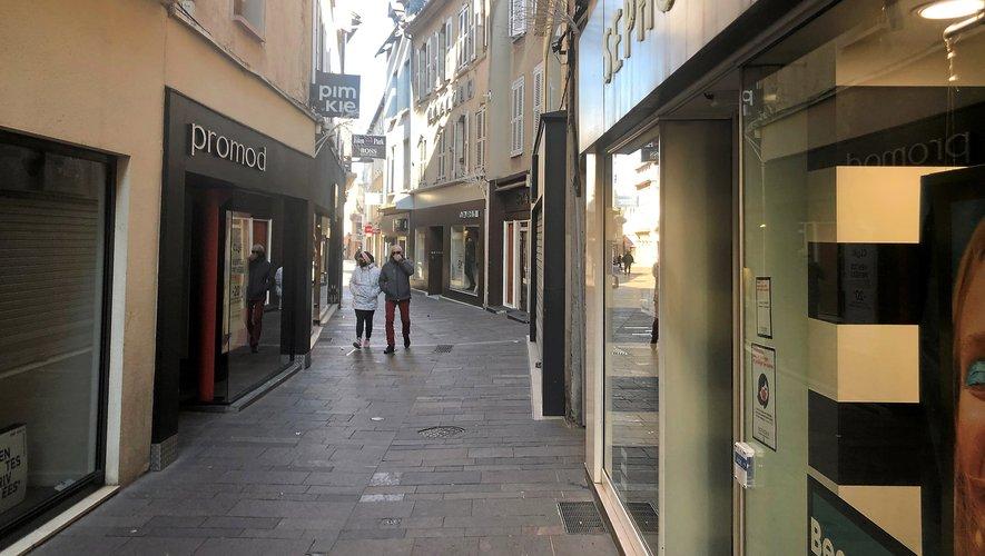 Comme on pouvait s'y attendre à écouter la grande majorité des commerçants, il n'y avait pas foule dans les rues, dimanche 10 janvier.