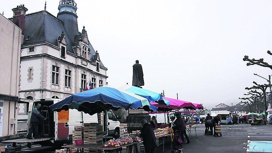 Des sacs en papier distribués sur le marché