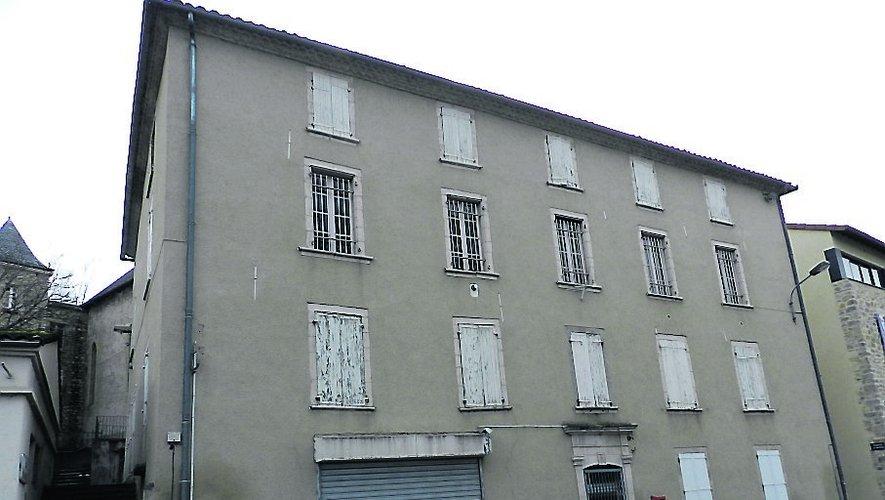 Le bâtiment de l'ancien commissariat va retrouver de la vie.