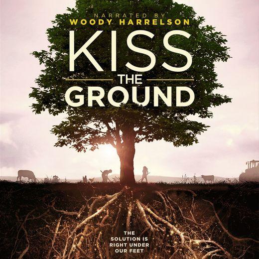 "L'acteur Woody Harrelson (""Hunger Games"") est la voix off du documentaire ""Kiss the Ground"" de Josh and Rebecca Tickell."