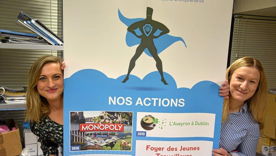 Elodie Peyrouty (à gauche) a succédé à Julie Peyrat à la présidence de la Jeune chambre économique de Rodez.