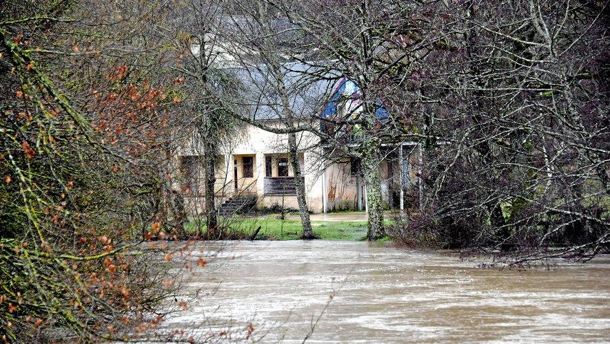 Des pluies diluviennes font déborder l'Aveyron, le Lot et le Viaur