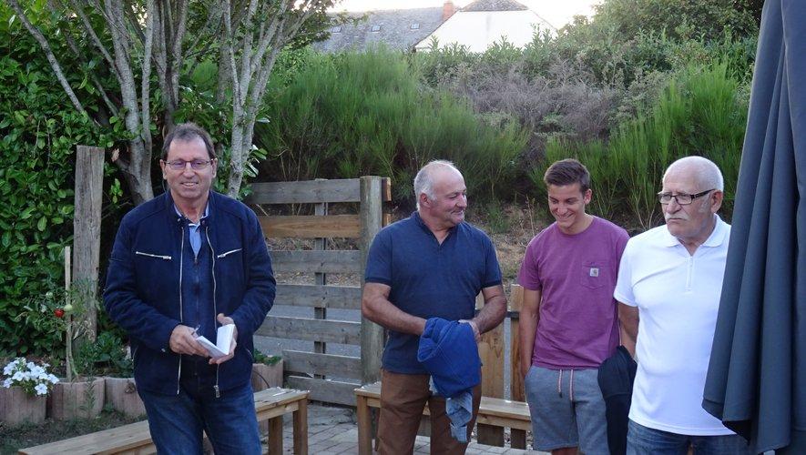 MM. Tarroux, maire et les adjoints Gilles Druilhe et Daniel Bousquié.