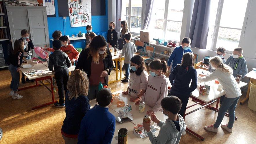 Les enfants ont été mis en situation de tri pour un meilleur apprentissage.