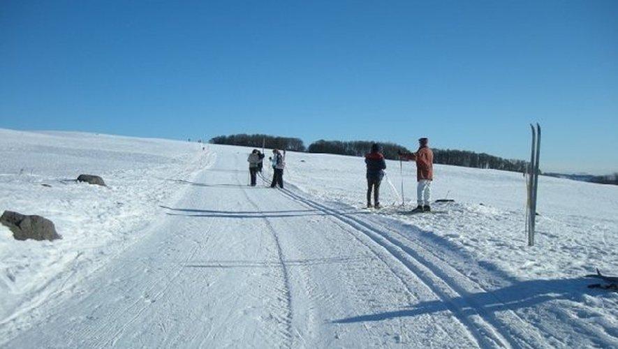 Avec dix centimètres de neige tombées la nuit dernière, les stations de l'Aubrac sont fin prêtes pour les vacances.
