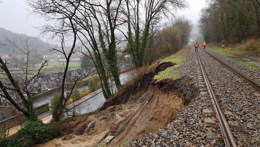 Une partie de la voie s'est effondrée à Aubin la semaine dernière.