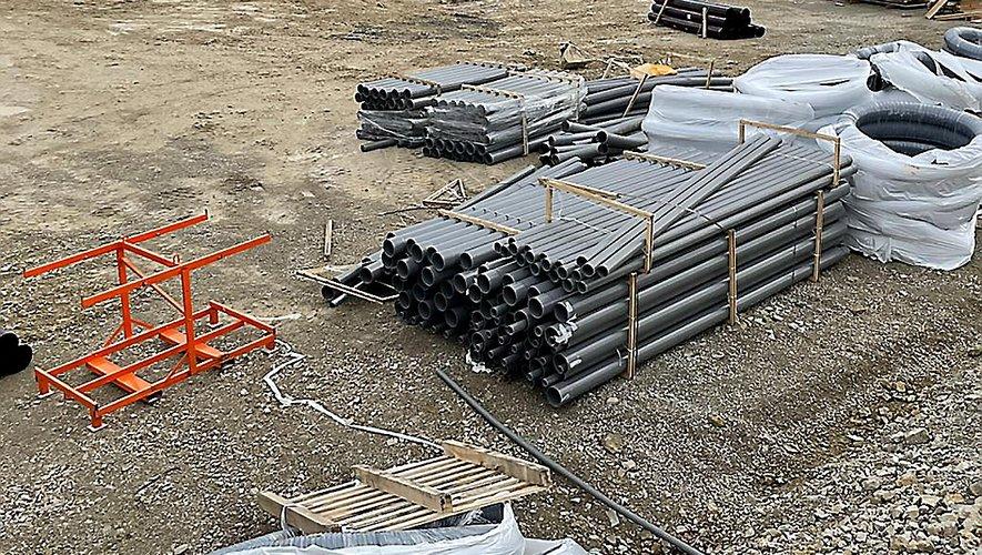 Actuellement, une trentaine d'ouvriers s'affairent sur le chantier du futur poste électrique de RTE.