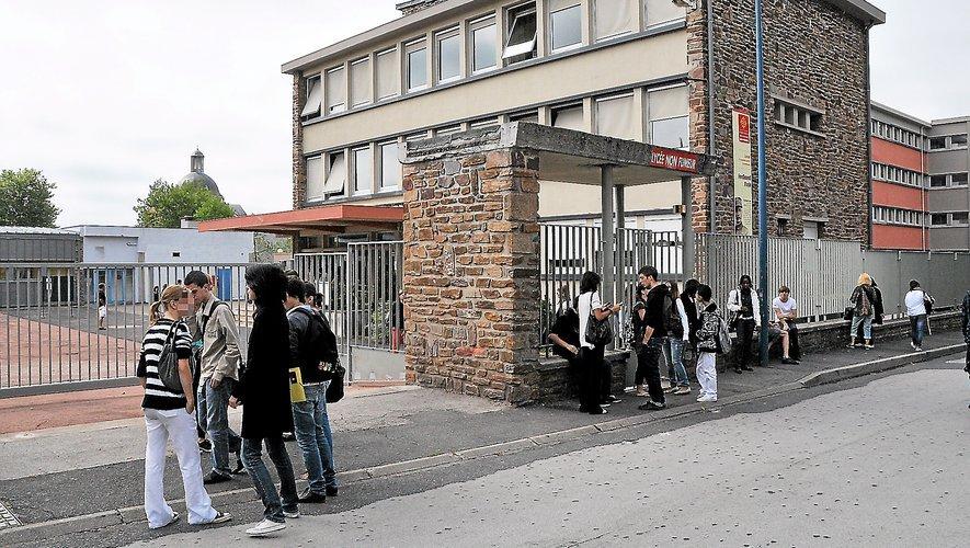 Le lycée Foch à Rodez touché par les nouvelles mesures de protocole sanitaire.