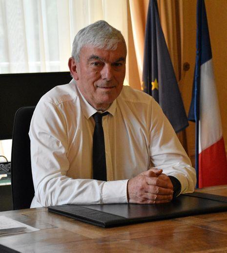 À 61  ans, Patrick Bernié découvrira sa quatrième sous-préfecture.
