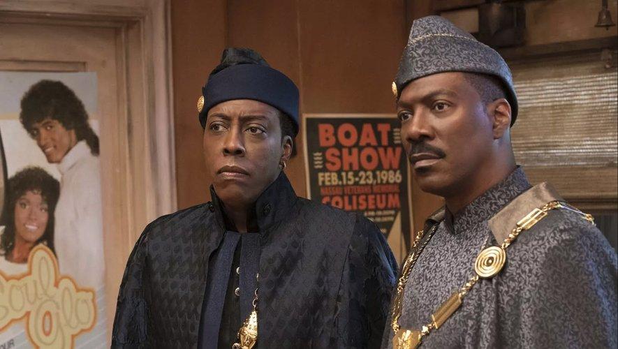 """Eddie Murphy revient avec la suite des aventures de son prince africain pourri gâté, dans """"Un Prince à New York 2"""" qui sortira sur la plateforme Amazon Prime le 5 mars."""