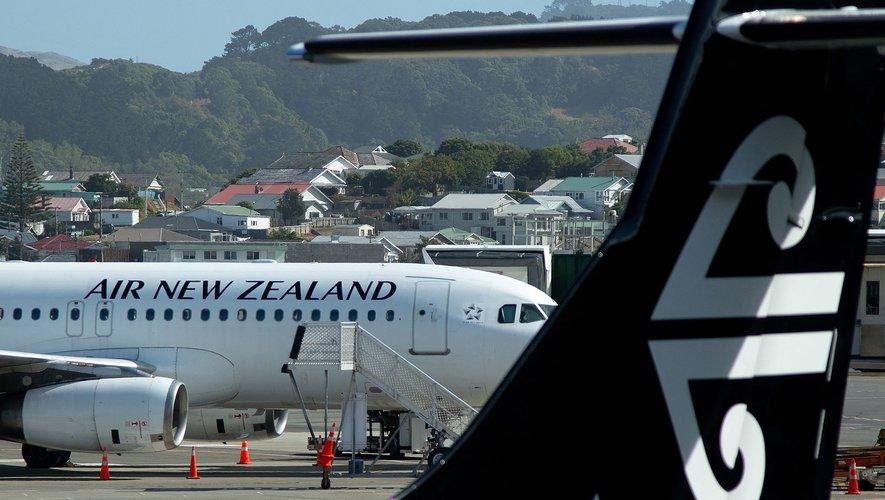 """La compagnie Air New Zealand entend commencer à tester son système de """"passeport de vaccination"""" en avril."""