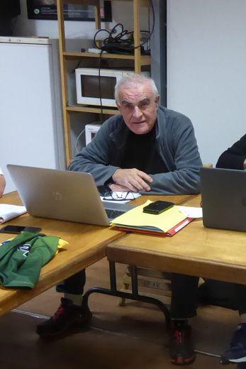 Francis Bayol lors d'une réunion du comité directeur de LSA XV à la Maison du rugby, route de Cassagnes à La Primaube.