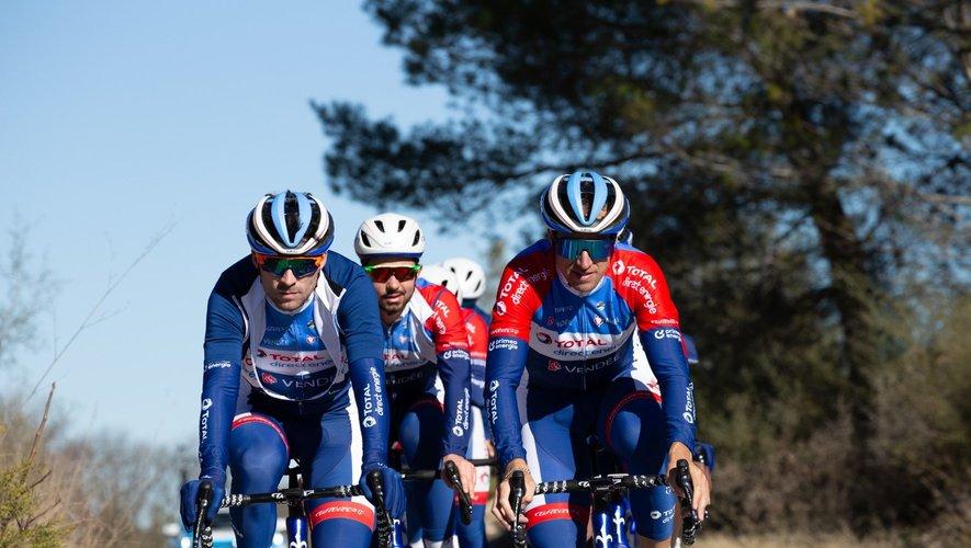 Le Ruthénois (à droite) a terminé dans un groupe à un peu plus de onze minutes du vainqueur.