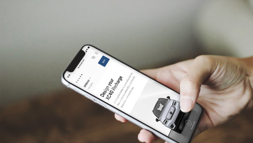 Pourquoi se rendre dans une concession quand on peut configurer et acheter sa voiture directement depuis son smartphone ?
