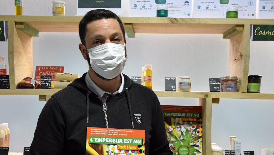 En plus d'être une boutique, Au Vert Shop est aussi un lieu d'information sur le chanvre et le CBD.