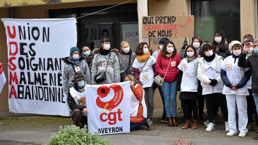 """Lessalariéesont presque toutes voté """"pour"""" (unevoie contre)la signature de fin de conflit, et de ce faitla grève est terminée a l'UDSMA de Millau comme au niveau de l'Aveyron."""