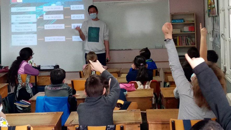 Un cours sur le numérique fort utile.