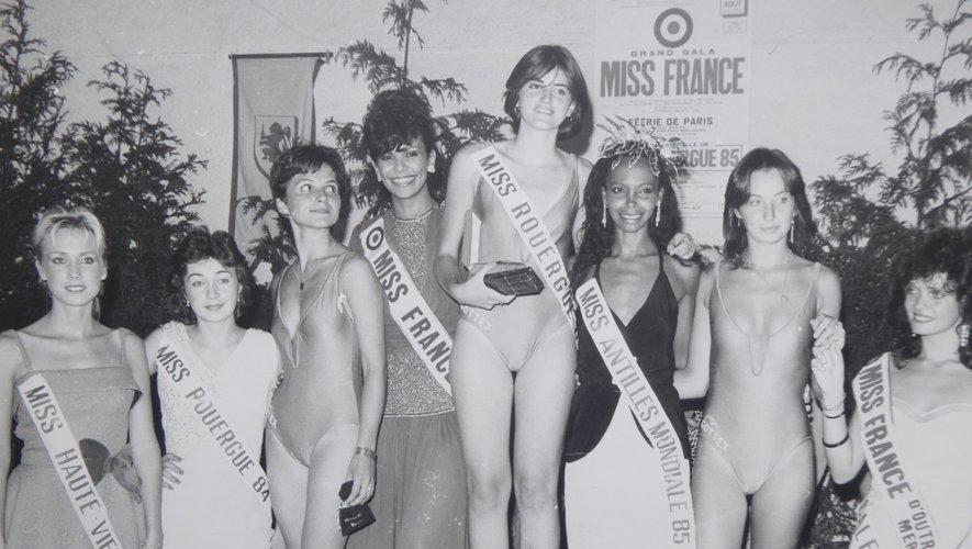 Un podium de charme avec miss France 1985, miss France d'Outre mer 85, miss Antilles mondiale 85, miss Rouergue 84, miss Rouergue 85 et ses dauphines, miss Haute-Vienne 84.