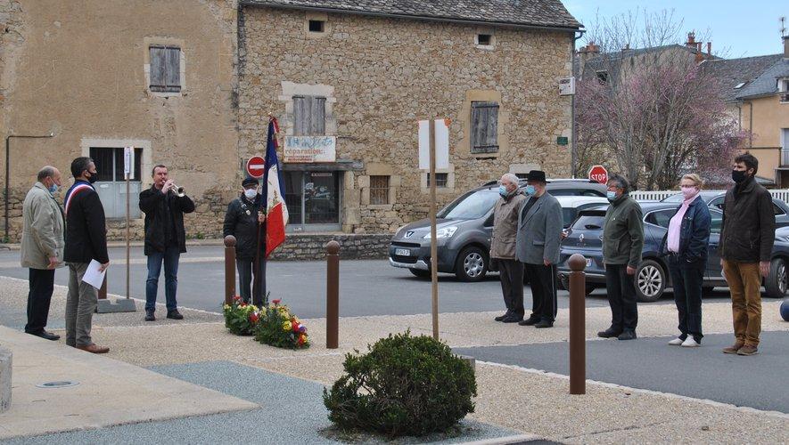 La commémoration du 19 mars 1962 a du se faire en petit comité.