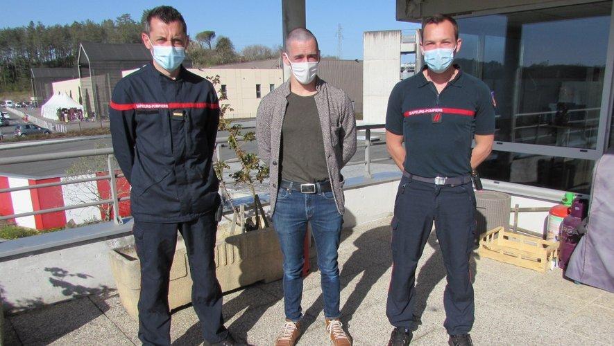 De gauche à droite : Adjudant Aurélien Beaulieu ;  Caporal-Chef Sylvain Grégoire et Caporal Thibault Pilarczyk.