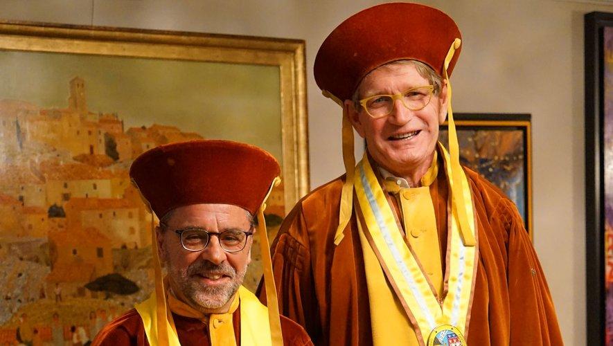 les grands maîtres de la grande confrérie du cassoulet de Castelnaudary vent debout contre le cassoulet produit par Raynal et Roquelaure.