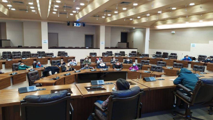 dans l'hémicycle du conseil départemental