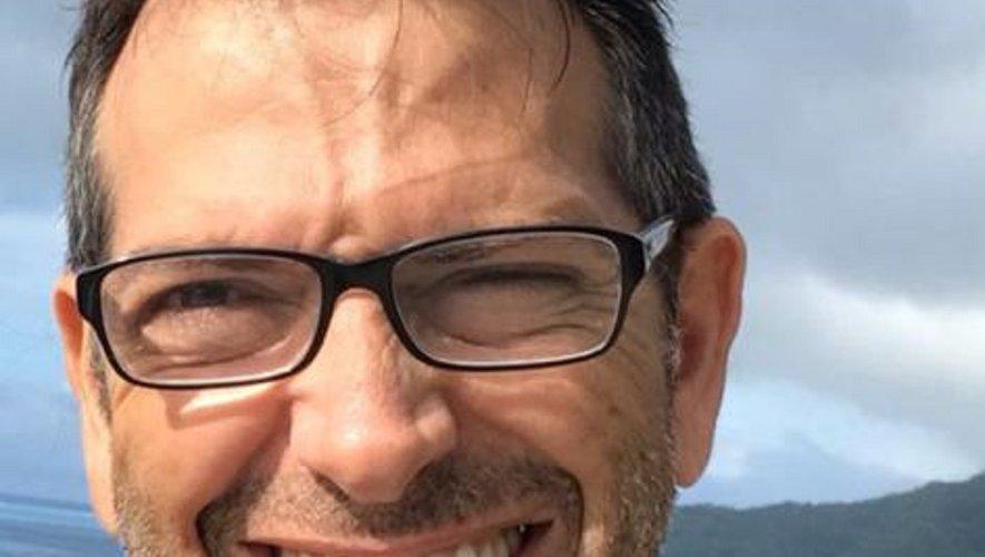 """Natif  de Millau, Christian Mazères est installé à Papeete depuis 24 ans : """"Je fais maintenant partie des meubles."""" CM"""