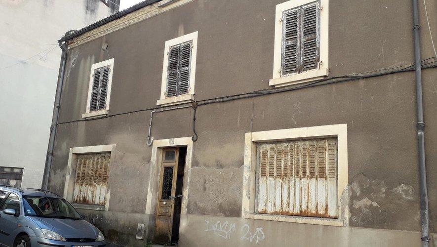 Démolition d'une maison rue Clemenceau