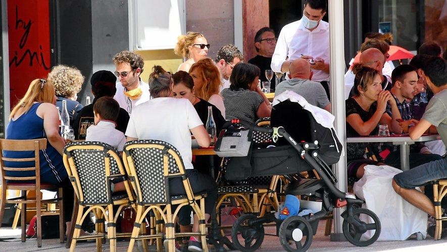 Si elles n'ont pas encore la réputation de leurs homologues parisiennes,  les terrasses ruthénoises sont de plus en plus appréciées… quand elles sont ouvertes !