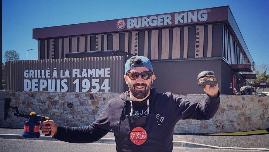 """""""Moi aussi je grille à la flamme depuis 2018 et on appelle ça le Flambadou"""", a tenu à rappeler Sébastien Gaches."""